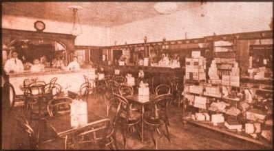 Paragon Cafe in 1921, before the back rooms.